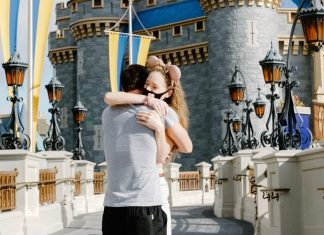 Disney couple reunite